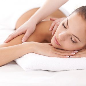 Body Scrub & Moisture Massage